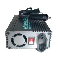 Spannungs Wandler 12 V - 230 V